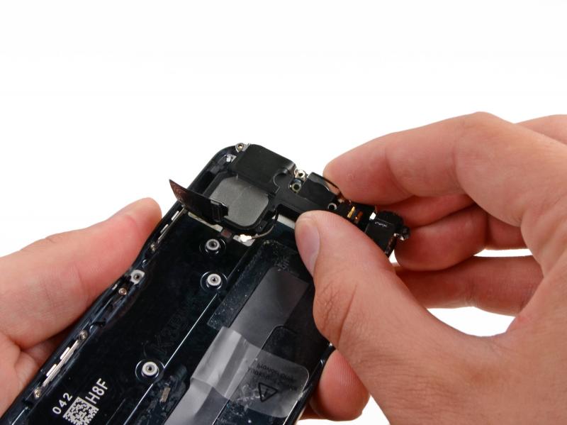 Замена разъёма зарядки (Lightning) iPhone 5