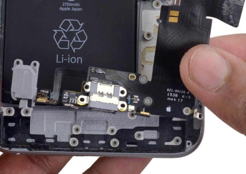 Замена микрофона iPhone 6s Plus