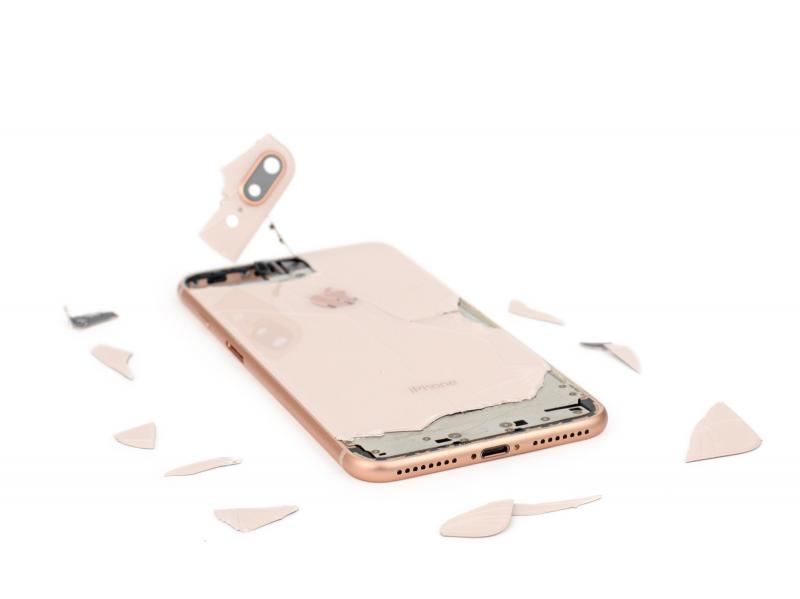 Замена заднего стекла корпуса iPhone 8 Plus