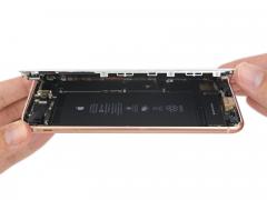 Замена LCD модуля (Дисплей + Стекло) iPhone 8