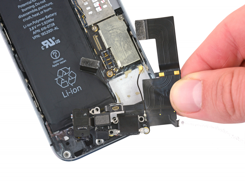 Замена разъёма зарядки (Lightning) iPhone SE
